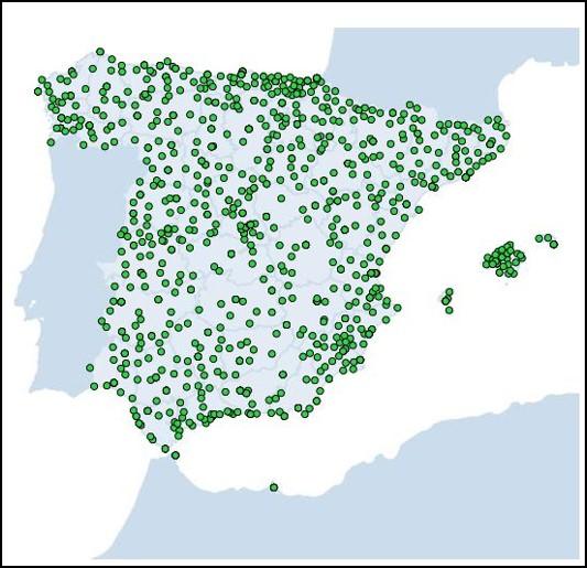 La red de observación meteorológica de AEMET está constituida por un total de 828 estaciones meteorológicas distribuidas por todo el territorio nacional, incluyendo en su composición redes con diferentes tipologías en función de la resolución horizontal que se pretende abarcar y de las variables meteorológicas registradas