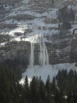 avalanche-2339755_1920.jpg